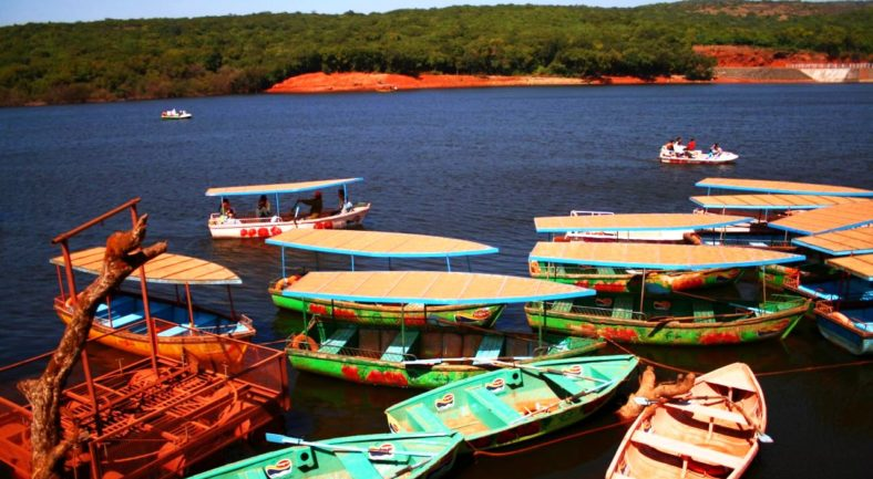 1423131540_Veena_Lake