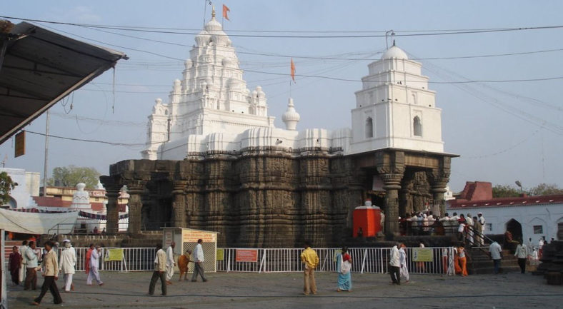 Aundha-Nagnath-Temple_1